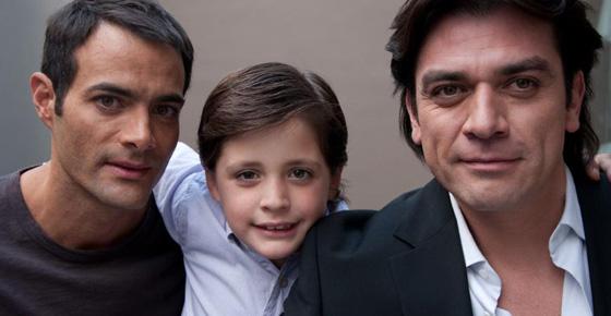 la-otra-familia-still