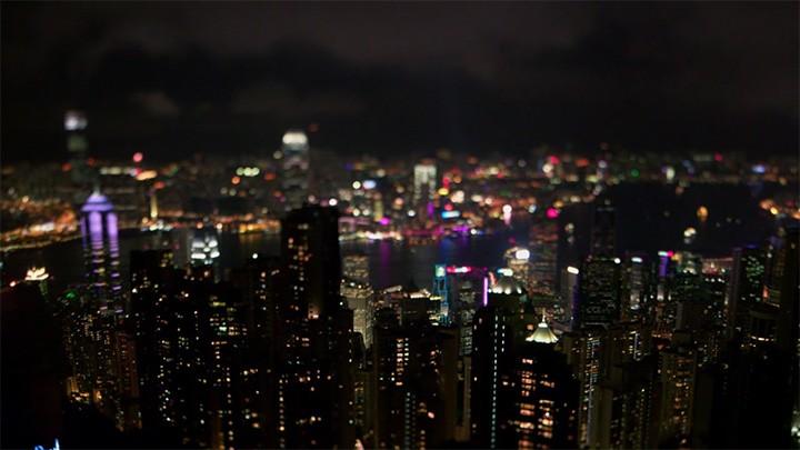 screencap from Already Tomorrow in Hong Kong (Emily Ting, 2015)