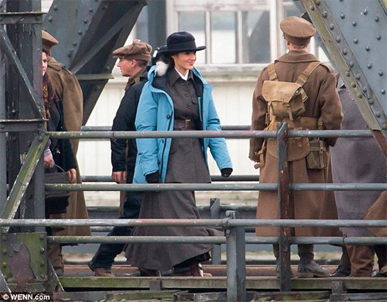 wonderwoman-set-ww1